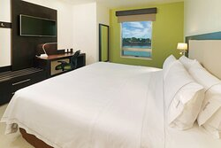 One King Size Bed Room With Poolside View