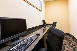 Business Center has functioning Printer - Copy Maker