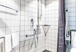 Scandic Molndal Room Accessible Bath
