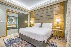 Deluxe suite - bedroom