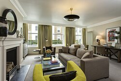 Brown's Hotel - Classic Suite