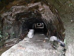 瑞三本礦坑道