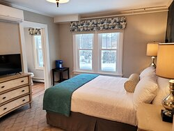 One of our Standard Queen rooms