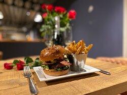OakVilla Burger, 100% Norfolk Beef Burger. Also available as Order & Collect