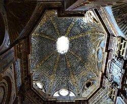 Parte superior do altar.