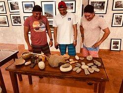 Locales de yelapa visitando el museo