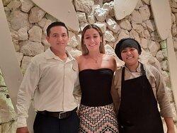 En nuestro viaje a Cozumel estuvimos muy bien atendidos en el restaurante el pescador por el señor Ángel del cual hemos recibido sus atenciones por más de 10 años, siempre tiene una buena actitud y un agradable carácter . Esta ves conocimos a la chef Dana Que por cierto tiene un excelente sazón . felicidades a los jefes por tener un personal tan calificado.!!!!!