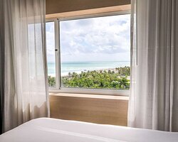 Enjoy an exclusive entrance to the Ocean Terrace sundeck, which offers panoramic views of the beach.