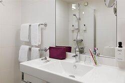 scandic rubinen room familyroom bathroom