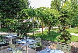 Golden Tulip Terrasse Restaurant L'Alchimiste