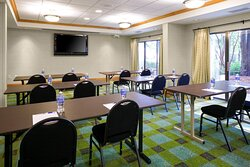 Host your next training or presentation in our Buckhead Room
