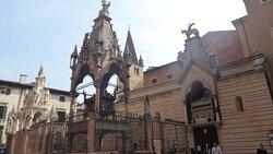 Arca di Cansignorio