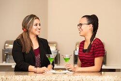 Holiday Inn Phoenix Mesa Chandler Hotel Lobby Bar Cool Nice