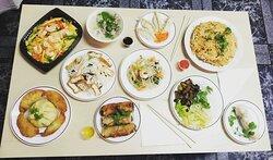 Los platos populares en La Parada Vietnamita.