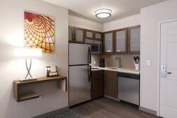 Studio Suite Full Kitchen