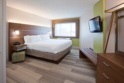 Enjoy having extra space minutes from downtown Minneapolis!