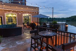 Outdoor Living Staybridge Suites Rochester University of Rochester