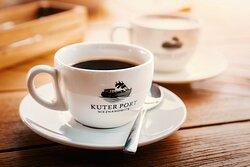 Kawa czarna i kawa biała