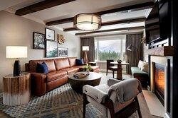 Fairmont Gold_Two Bedroom Suite_Bedroom_HKN