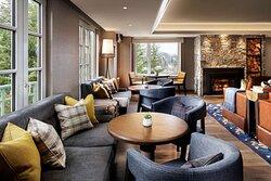 CWR Fairmont Gold Fireside Lounge