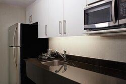 Premium Penthouse Suite Kitchenette