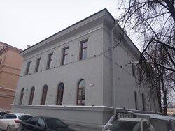 Здание библиотеки Н. Я. и Ф. Я. Колобовых