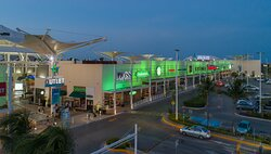 Las Plazas Outlet Cancun