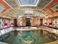 HPSPresidential Suite Pool