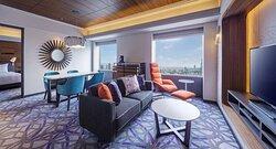 Deluxe Suite Room Twin