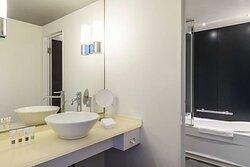 Swiss Advantage Room Twin Bathroom