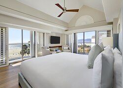 Santa Monica Suite Bedroom