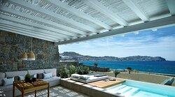 Honeymoon Coast Suites Outdoors