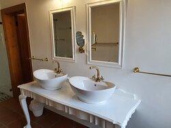 Room 1 Vanity