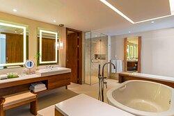 Master Suite - Bathroom