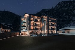 Hotel VIER Studios & Restaurant