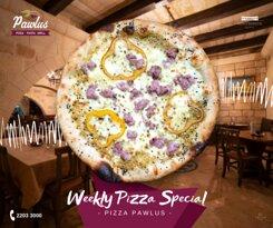 Pizza Pawlus: Mozzarella, Sausage, Peperoni, Pistachio
