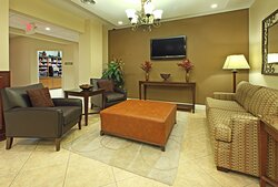Great Lobby Space for meet and greet and networking