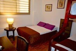 Habitaciones cómodas y confortables en el norte de Guayaquil cerca del Aeropuerto .