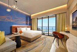 Deluxe Ocean View King Room High Floor