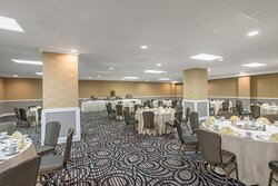 Newly renovated Gallery Room-Banquet style set up