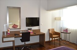 Plenty of space to work or relax at Crowne Plaza Limassol