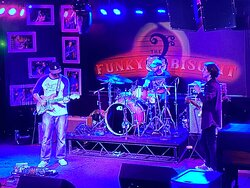 Local band at the funky biscuit. If you'd like to see live bands this is the place to go while in Boca Raton Florida.