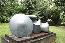 Imperial Palace of Goslar, statue Goslar Warrior 1973-1974 by Henry Moore