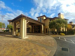 Exterior of the Hotel Abrego in Monterey, CA (13/Mar/20)