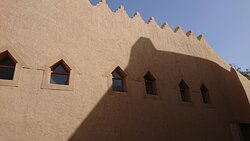 アル・ザウィハ・モスク(Al Dwaihra Mosque)