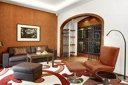 Old World Residence Livingroom