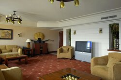 Luxor Suite features a separate living room