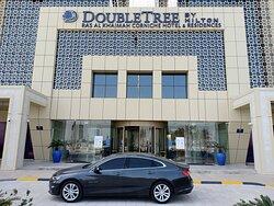 Ri Bar & Lounge is located in DoubleTree By Hilton Ras Al Khaimah Corniche Hotel & Residences