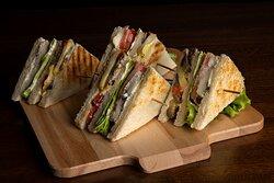 Club sandwich vegetariano