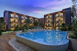 International hotel - oasis of Phuket Patong Beach
